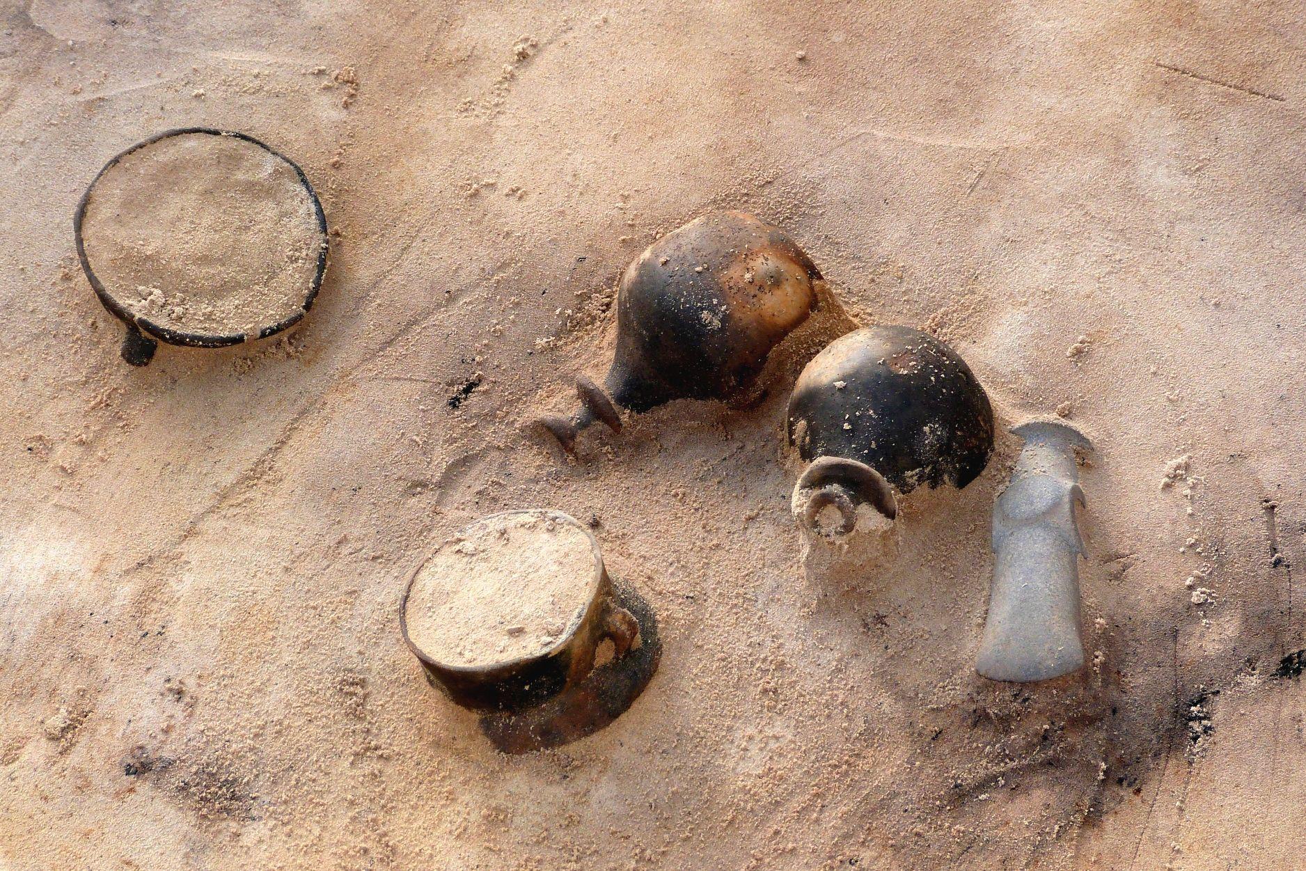 Oosterdalfsen, TRB cultuur, bijgiften in een graf