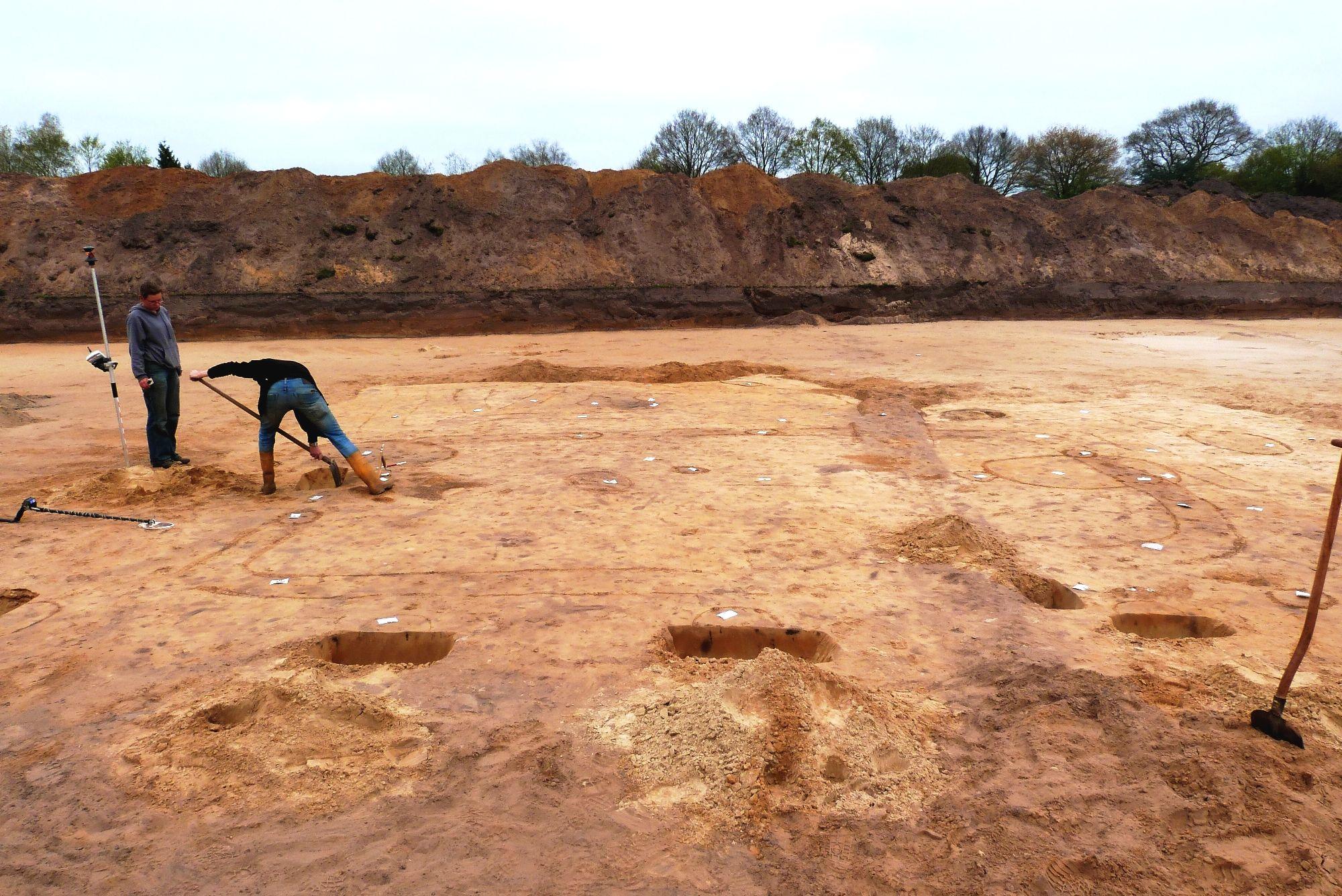 Oosterdalfsen,TRB eerste boerderijplattegrond in NL gevonden