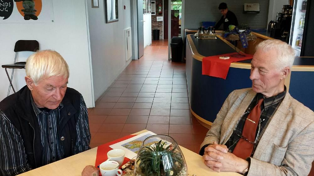 014. Jelle de Jong en Harry Huisman in gesprek over de zwerfsteenverzameling
