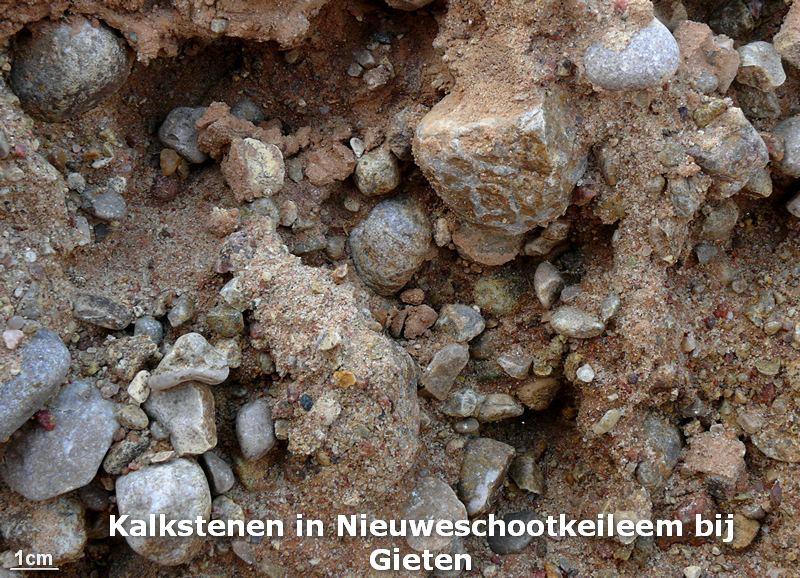 026. Nieuweschootkeileem met kalkstenen - Gieten