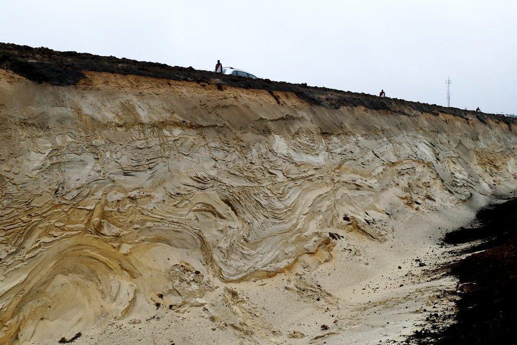 015-geplooid-zand-formatie-van-peelo-ees