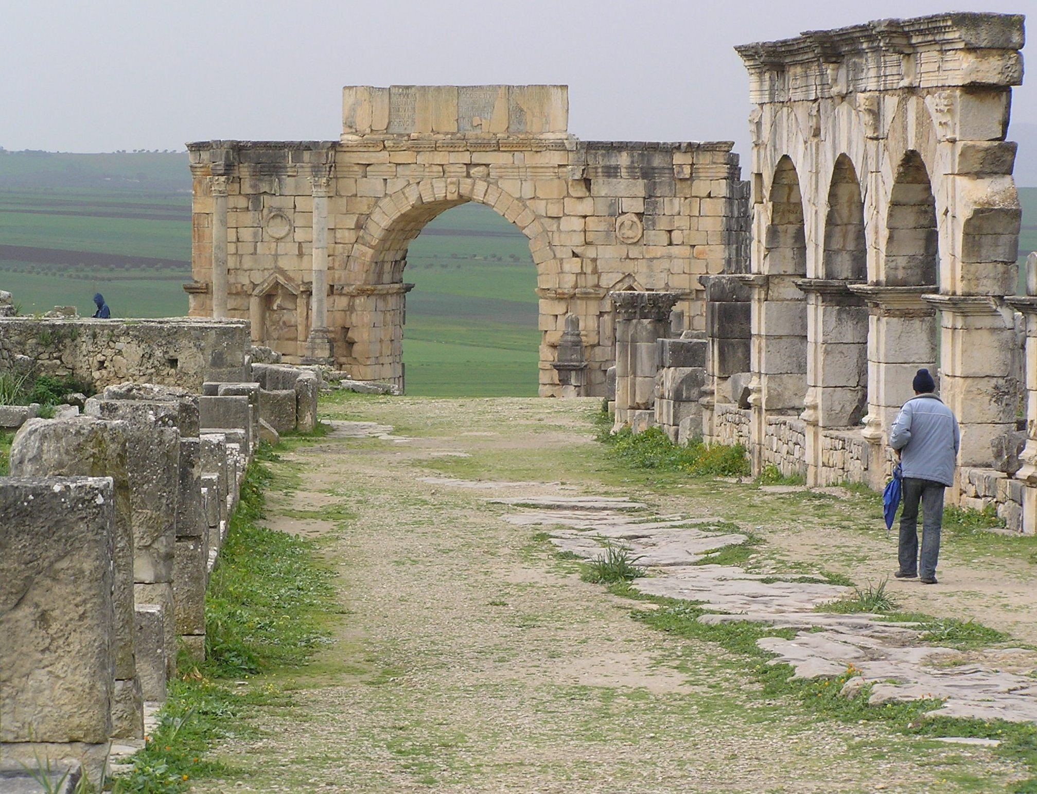 Volubilis, ruins of a Roman town in Morocco - Het Hunebed
