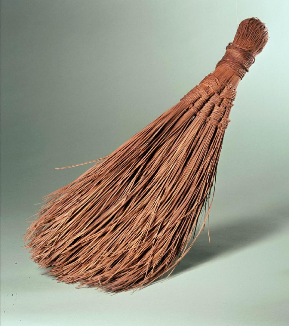 Bezem. Creative Commons-licensie CC-BY Rijksmuseum van Oudheden.